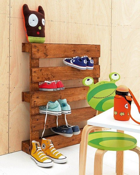 The Most Simple Pallet Shoe Rack Recycled Pallets