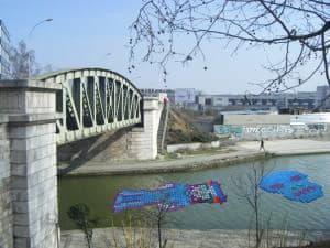 Pixels-bouchons Recycled Art