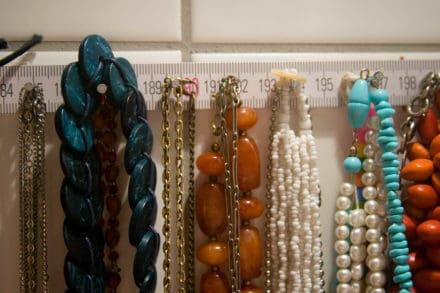 Ruler Necklace Hanger