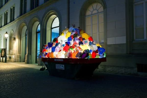 Illuminated Garbage Bags Interactive, Happening & Street Art Lamps & Lights Recycled Art Recycled Packaging Recycled Plastic