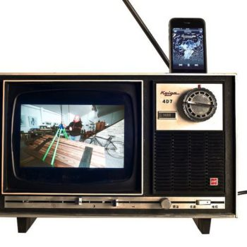 Old TV iPhone dock