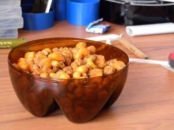 Inna Nuts Bowl from a Plastic Bottle Do-It-Yourself Ideas Recycled Plastic