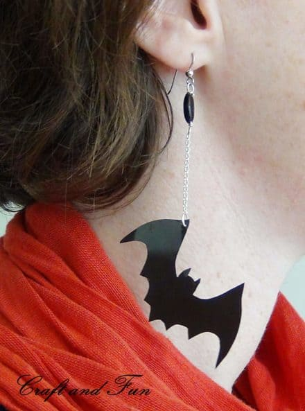 Diy : Earrings for Halloween with Recycled Material