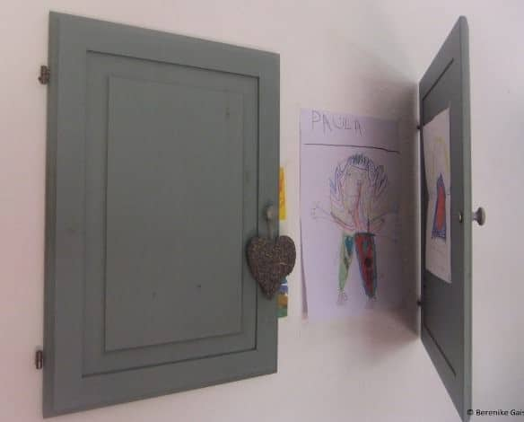 Door, Door on the Wall... Do-It-Yourself Ideas Recycled Furniture Wood & Organic