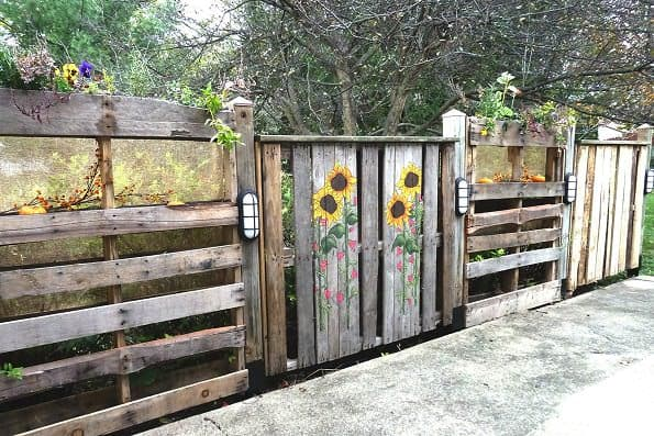 Pallets Patio Fence Do-It-Yourself Ideas Recycled Pallets