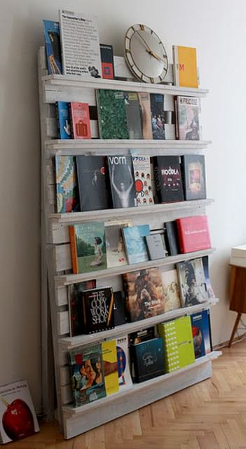 Pallet As Bookshelves Recycled Pallets