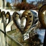 Diy: Valentine's Day Paper Hearts Garland