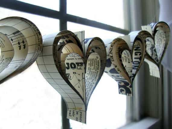 Diy: Valentine's Day Paper Hearts Garland Do-It-Yourself Ideas Recycling Paper & Books