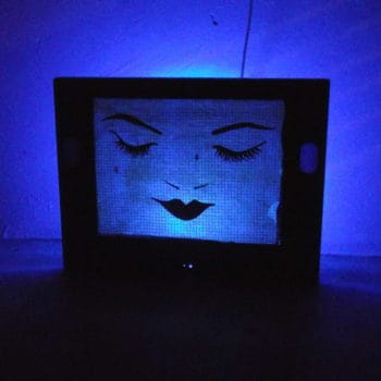 TV screen lampshade