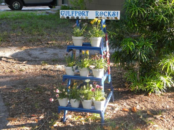 Old Wooden Ladder Turned into Cool Planters Garden Ideas