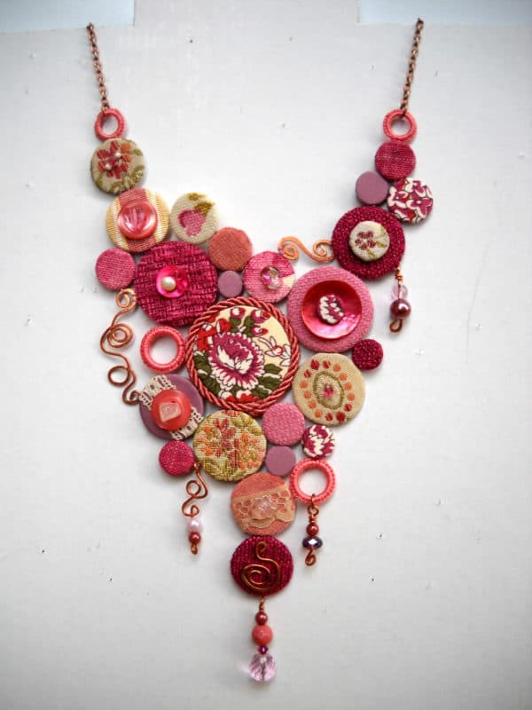 A Very Pink Way to Reuse Fabrics Clothing Upcycled Jewelry Ideas