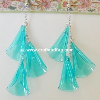Earrings made with recycled plastic bottle