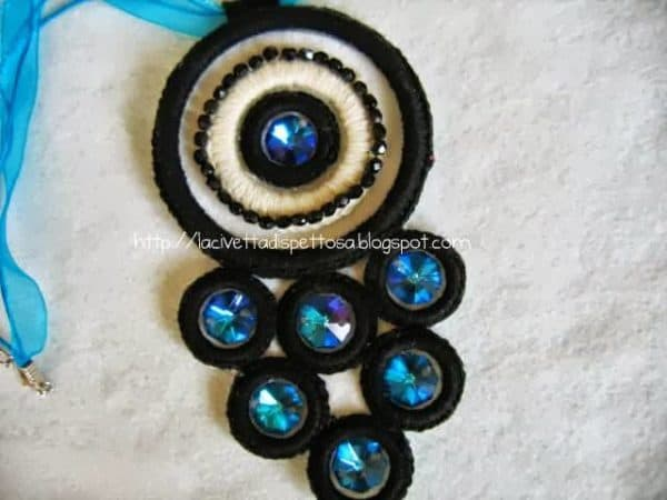Necklaces Made with Washers and Hydraulic Seals Do-It-Yourself Ideas Upcycled Jewelry Ideas