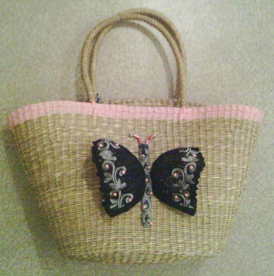 Panier Osier : Bag customized with a recycled bra recyclart