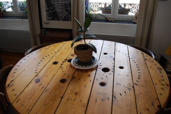 Reel Dining Table / Table Touret Recycled Furniture