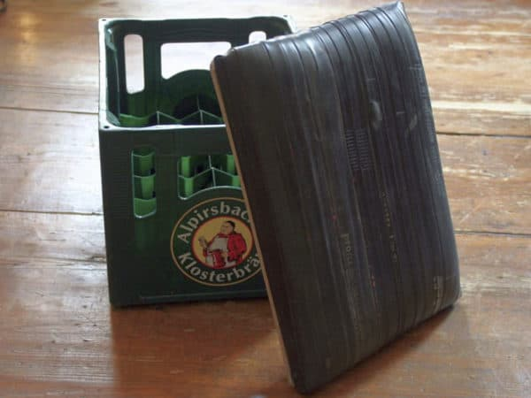 Beer Crates Stool Do-It-Yourself Ideas Recycled Rubber
