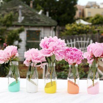 DIY: Painted Bottles As Vases