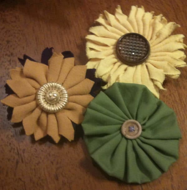 Upcycled T-shirts Flowers Do-It-Yourself Ideas
