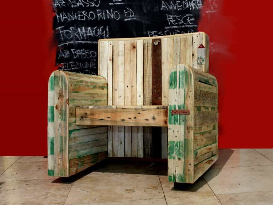 Pallet Kingchair • Recyclart