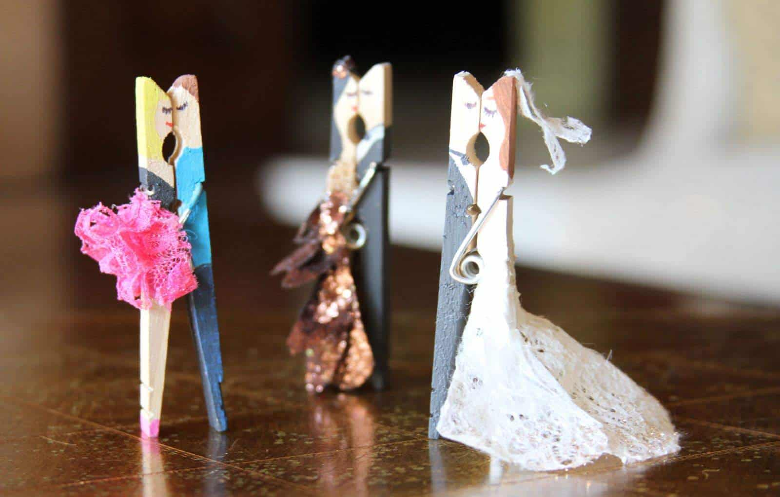 Kissing Couples Made with Clothespin • Recyclart