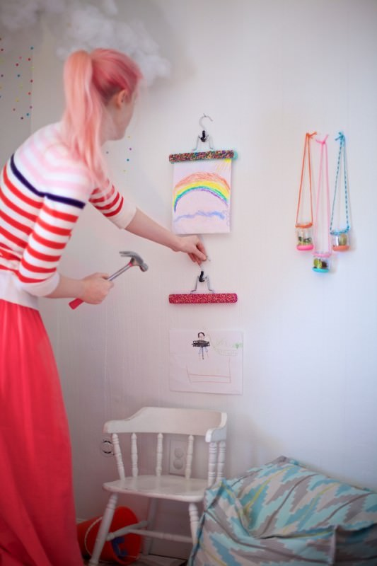 Diy: Hangers as Art Display Do-It-Yourself Ideas
