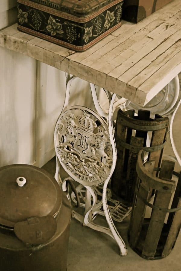 Vintage Sewing Machines27