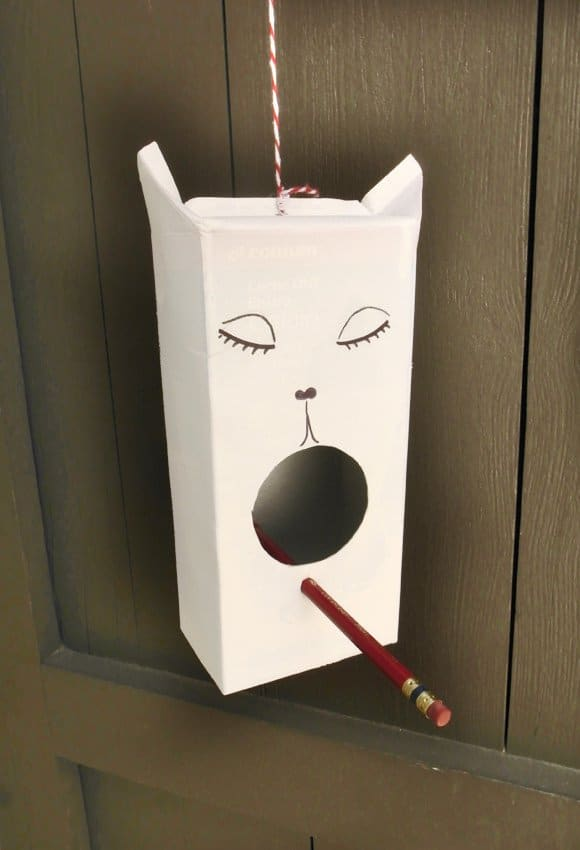 Tetrapak Bird House • Recyclart