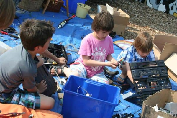 Repair Kid Project Interactive, Happening & Street Art Recycled Electronic Waste