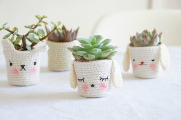 Crocheted Planters Do-It-Yourself Ideas