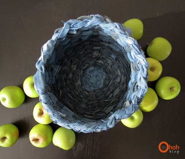 Basket Made from Recycled Denim Clothing Do-It-Yourself Ideas