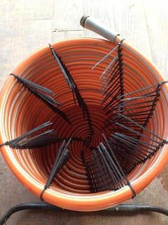 1 Old Garden Hose and 201 Zip Ties Garden Ideas
