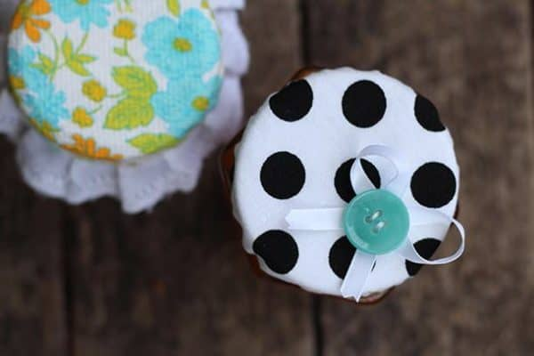 How to Upcycle Old Jars into Pretty Jam-filled Gifts Do-It-Yourself Ideas