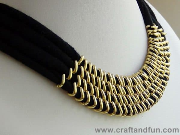 Upcycled T-shirt to Necklace Accessories Do-It-Yourself Ideas
