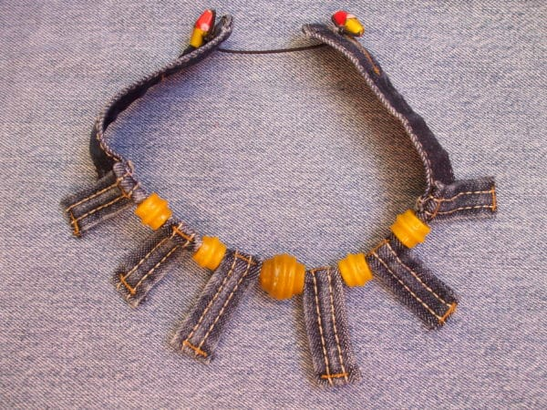 Necklace Out Of Upcycled Denim Upcycled Jewelry Ideas