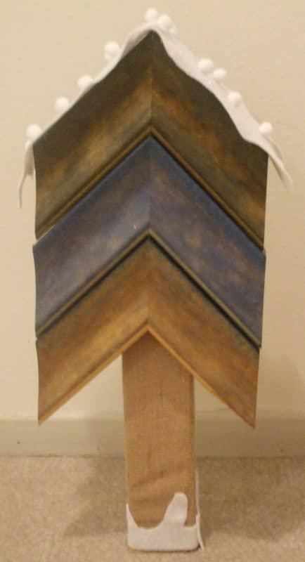 Sapins Pour Une Vitrine De Magasin D'encadrement / Frame Corners Christmas Trees Wood & Organic