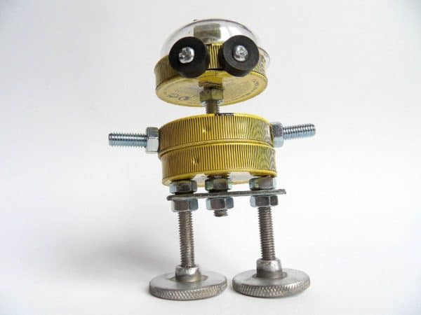 After Yellow Cabs, the Yellow Bots ! Recycled Art