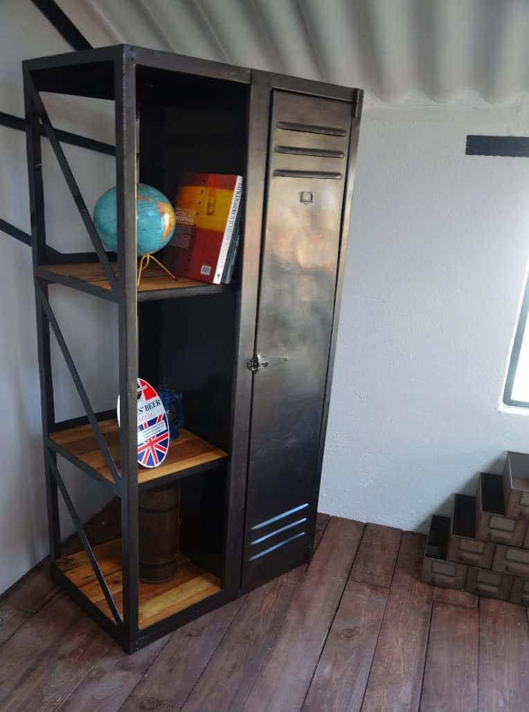 industrial wood metal book wardrobe recyclart. Black Bedroom Furniture Sets. Home Design Ideas
