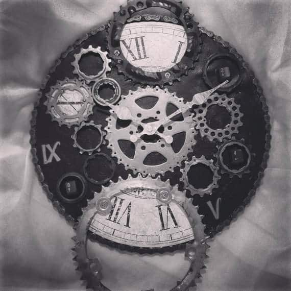 Upcycled-Bike-Enthusiast-Clock-2
