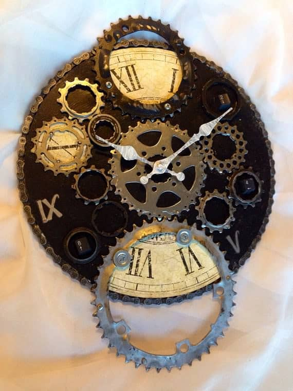 Upcycled-Bike-Enthusiast-Clock-4