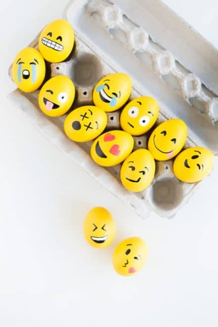 Diy: Emoji Easter Eggs