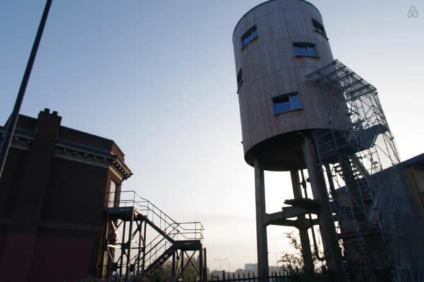 11 Converted Guesthouses: Trucks, Caravans, Planes, Trains & Wagons to Rent on Airbnb Home Improvement Mechanic & Friends