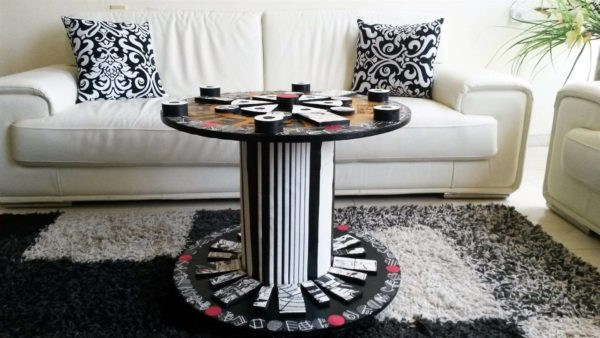 Modern Table Design From An Old Electric Wire Reel Recycled Art Recycled Furniture