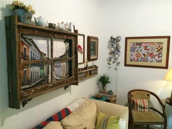 Old Window, New Decorative Frame Accessories
