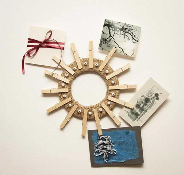 clothespin-art-diy-wreath-wall-holder-greeting-card-idea