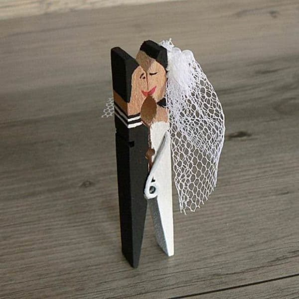 cool-craft-ideas-using-clothespins-cool-diy-project-wedding-couples