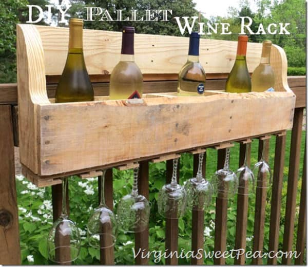 Pallet Alfresco: 30+ DIY Outdoor Pallet Projects Do-It-Yourself Ideas Recycled Pallets