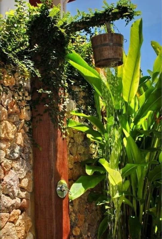 diy-outdoor-showers-apieceofrainbowblog-9