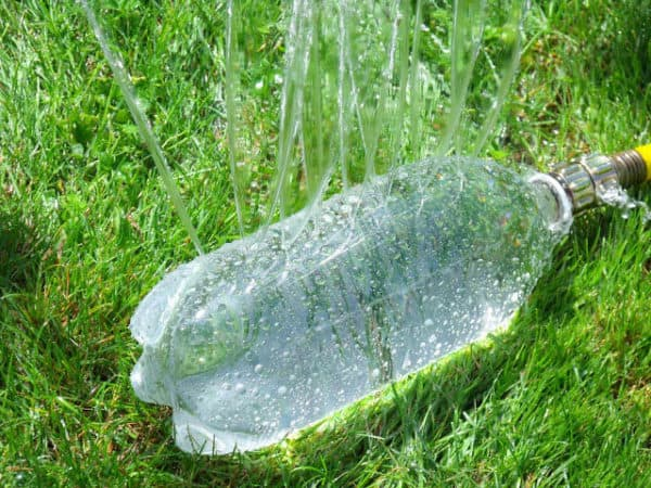16-amazing-plastic-bottle-reuse-apieceofrainbowblog-9