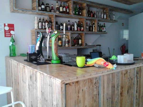 Bar Decoration Made From 70 Recycled Wooden Pallets Recycled Pallets