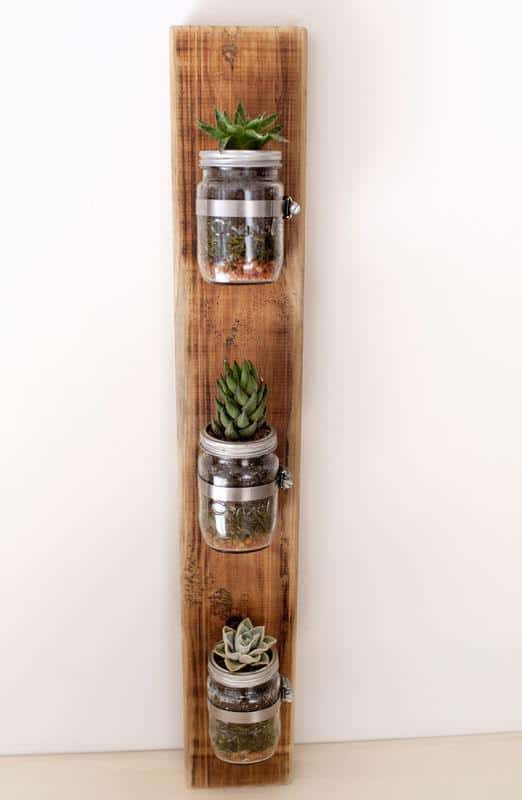 Indoor-small-pots-made-with-pallets-5